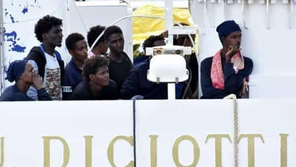 Irreperibili 40 migranti della diciotti anche due destinati a firenze - Ansa bagno a ripoli ...