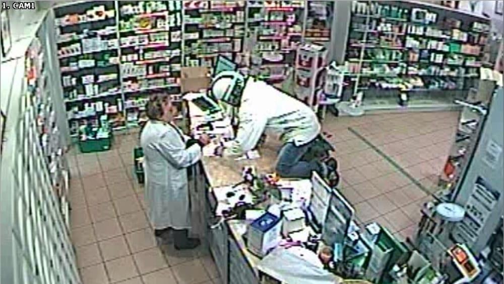 Rapina in una farmacia di via faentina arrestato 38enne - Farmacia bagno a ripoli ...