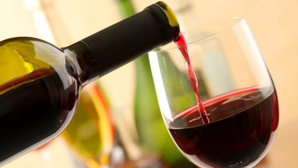 Falsi vini Dop e Igp: la Procura indaga anche su Firenze