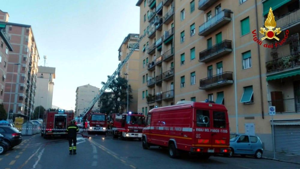 Novoli incendio in un appartamento di via valdinievole due intossicati - Ansa bagno a ripoli ...