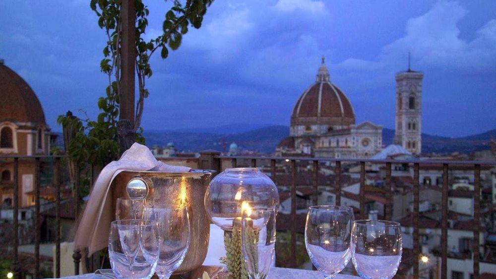Cena Di San Valentino Sulla Terrazza Brunelleschi Del Grand