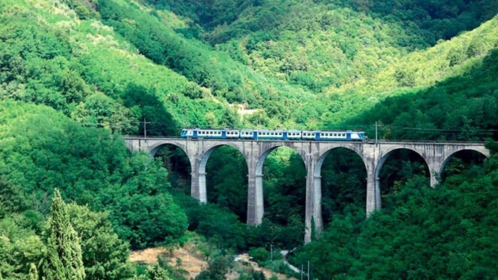 Torna Il 39 Treno Storico 39 Lungo La Ferrovia Porrettana