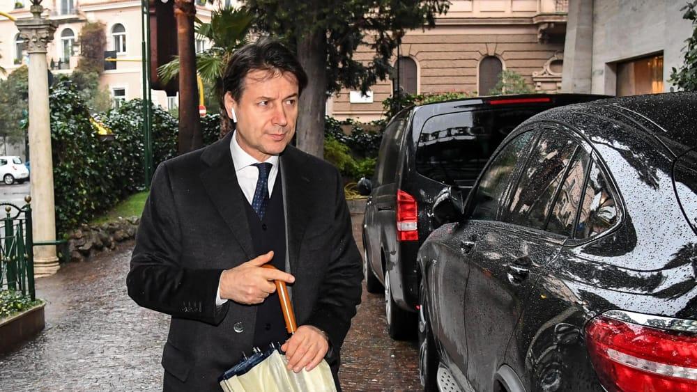 Chi il fiorentino giuseppe conte probabile capo del governo 5 stelle lega - Ansa bagno a ripoli ...